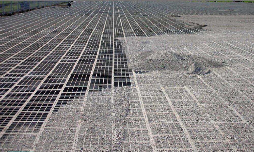 Vandgennemtrængelig belægning græsarmering permeabel overflade